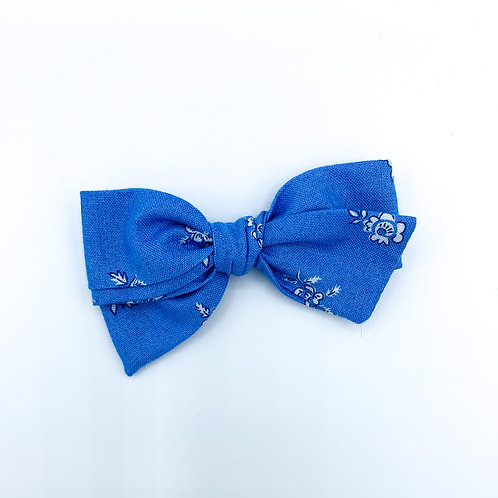 $5 Quincey Bow #8