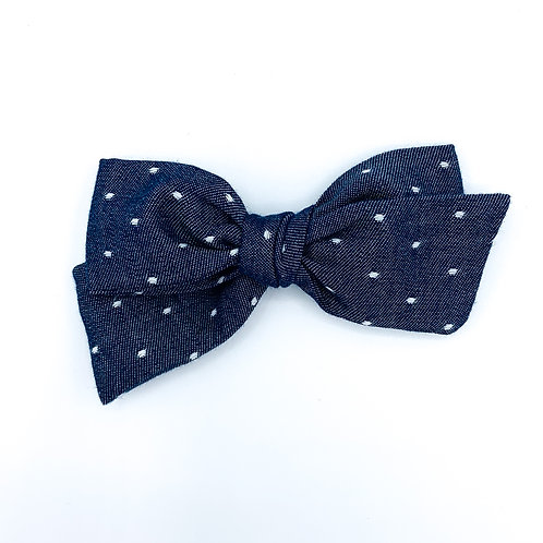 $5 Quincey Bow #124
