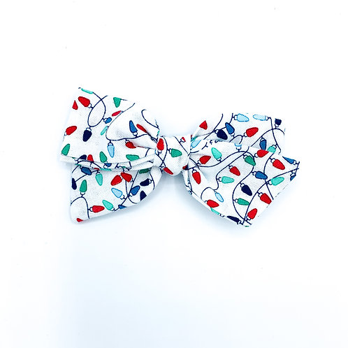 $5 Quincey Bow #182