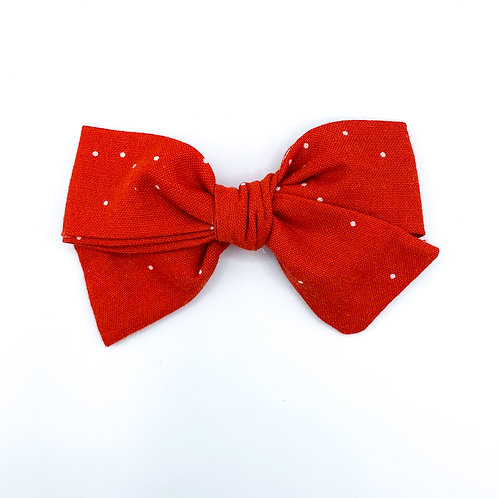 $5 Quincey Bow #122