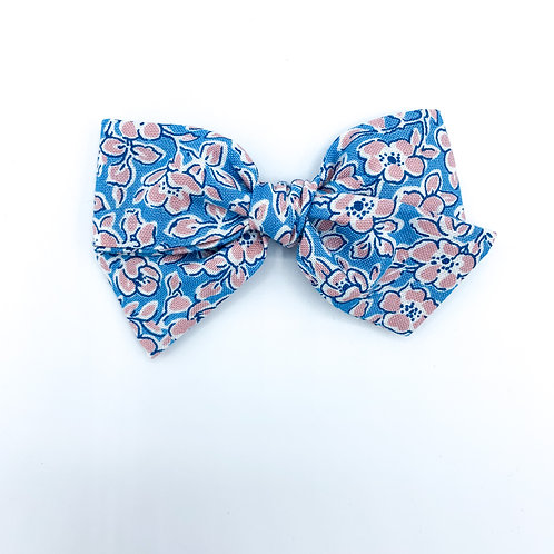 $5 Quincey Bow #50