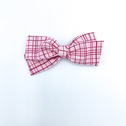 $5 Quincey Bow #195