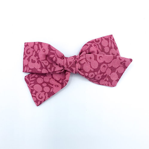 $5 Quincey Bow #39