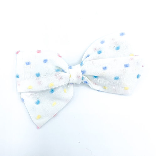 $5 Quincey Bow #59