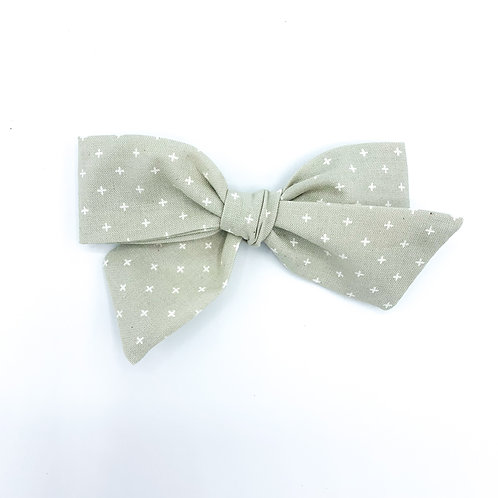 $5 Quincey Bow #94