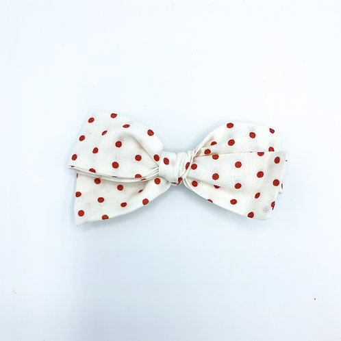 $5 Quincey Bow #132