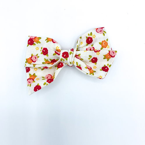 $5 Quincey Bow #99