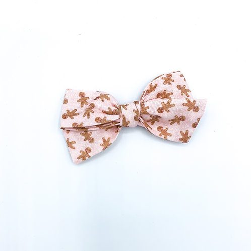 $5 Quincey Bow #169