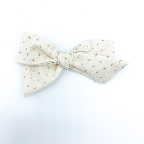 $5 Quincey Bow #100