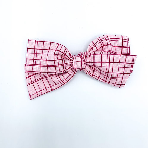 $5 Quincey Bow #142