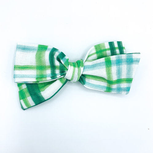 $5 Quincey Bow #153