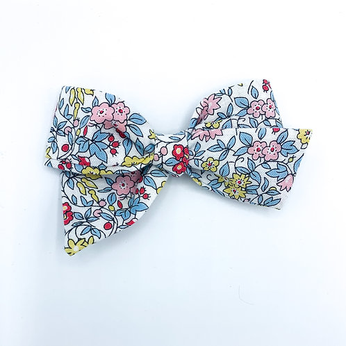 $5 Quincey Bow #26