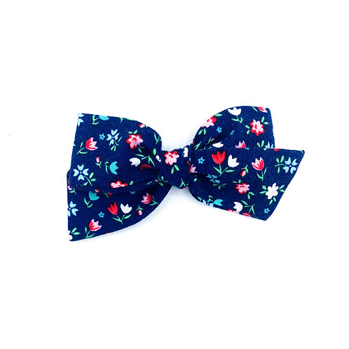 $5 Quincey Bow #92