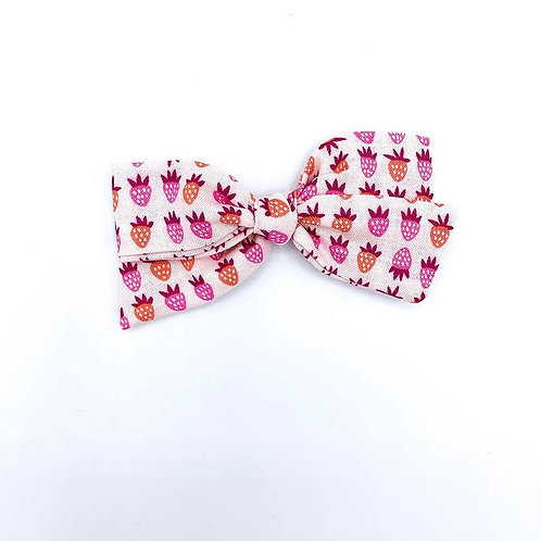 $5 Quincey Bow #76