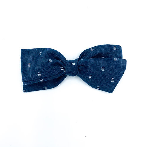 $5 Quincey Bow #88