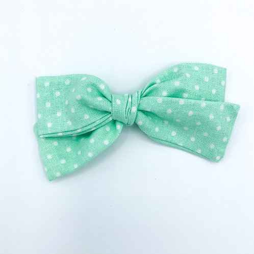 $5 Quincey Bow #125