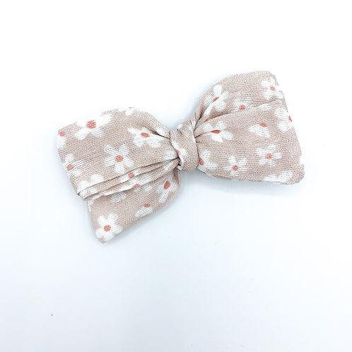 Tiny Daisies Gauze Bow