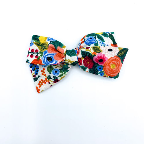 $5 Quincey Bow #51