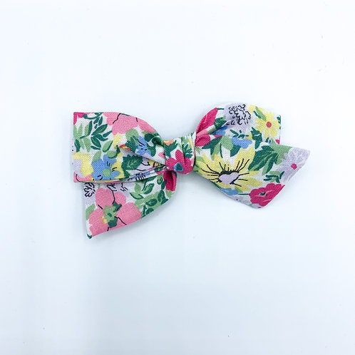 $5 Quincey Bow #4