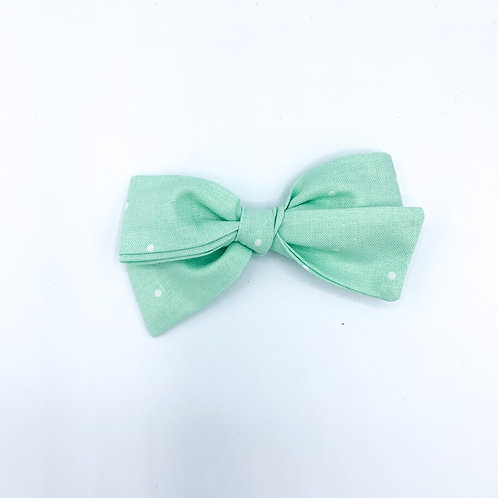 $5 Quincey Bow #134