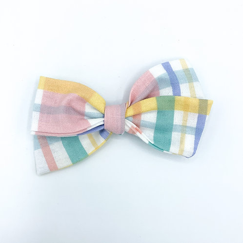 $5 Quincey Bow #150
