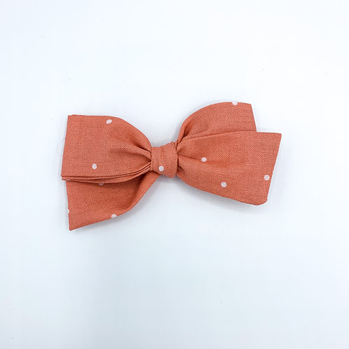 $5 Quincey Bow #129