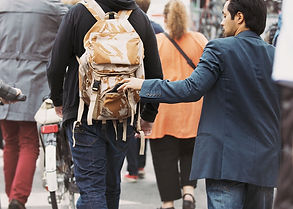 150806_TRAVEL_PickPocket.jpg.CROP.promo-
