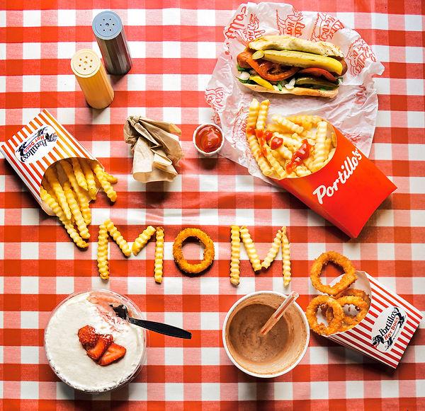 PORTILLOS_FOOD__MOM_PHOTO_KIMKOVACIK.jpg