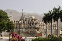Jodhpur-Udaipur-to-Ranakpur-Jain-temple-things-do-day-tour-vedic-walks-excursion-travel-company-rajasthan