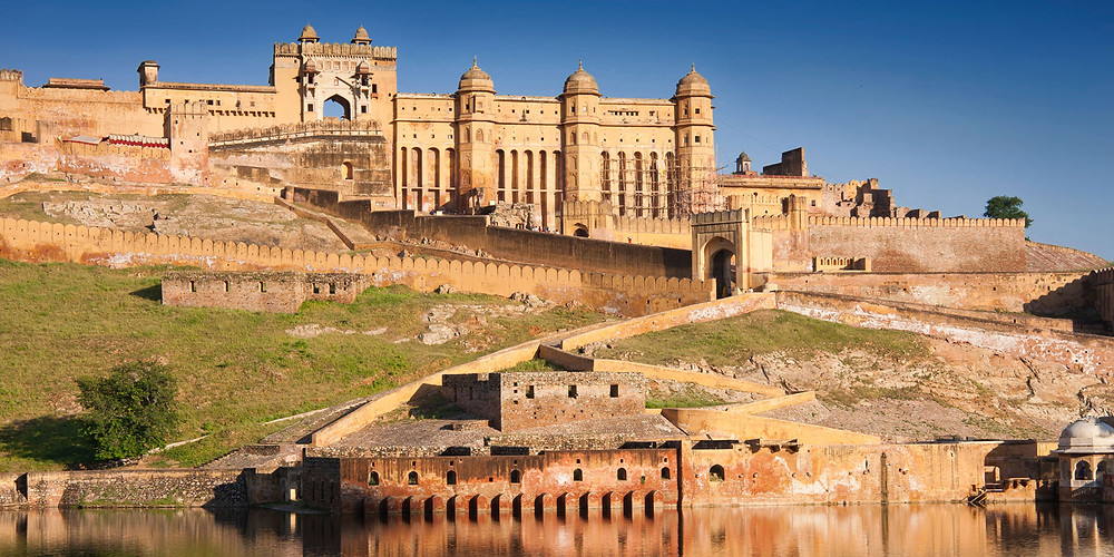 Vedic-Walks-Travel-Company-tour-operator-things-to-do-rajasthan-world-heritage-sites-India-UNESCO-tour-packages-Amer-fort-Jaipur