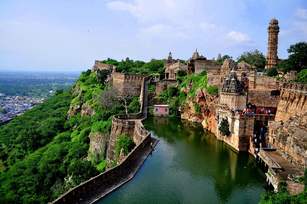 Vedic-Walks-Travel-Company-tour-operator-things-to-do-rajasthan-world-heritage-sites-India-UNESCO-tour-packages-Chittorgarh-fort