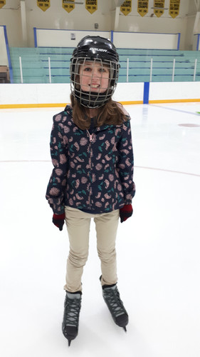 Mia - Skating.jpg