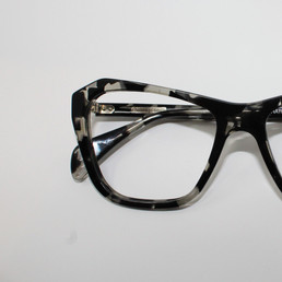 Goldsmith- Hathaway Black Tortoise