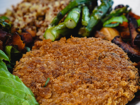 Perfectly Seasoned and Firm Vegan Crab Cake Patties with Homemade Bread Crumbs (Hearts of Palm Base)