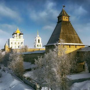 World___Russia_Winter_Pskov_Kremlin_0966