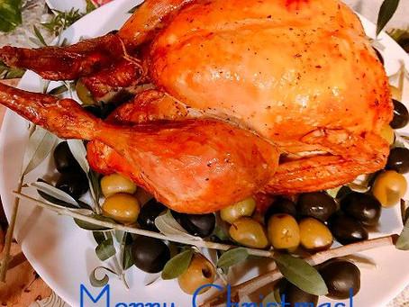丸鶏のローストチキン予約開始します!