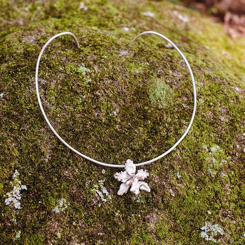 Gargantilha Orquídea