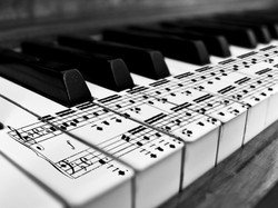 music-notes-piano