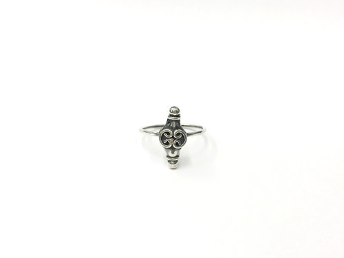 Bali style (mid-curly) ring