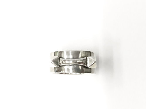 Double-stud handle ring