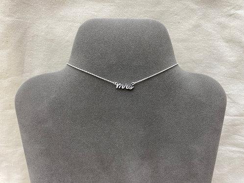 'mrs' necklace (#Z0051N)