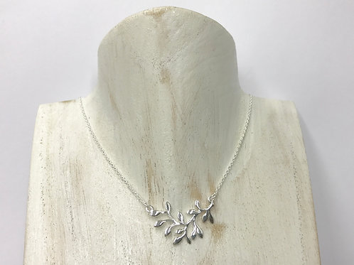 Olive branch necklace (#A1109N)