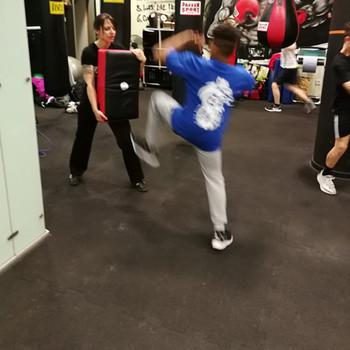 Kampfsport für Mädchen & Jungs