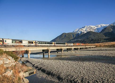 TranzAlpine--Crossing-Waimakariri-River-