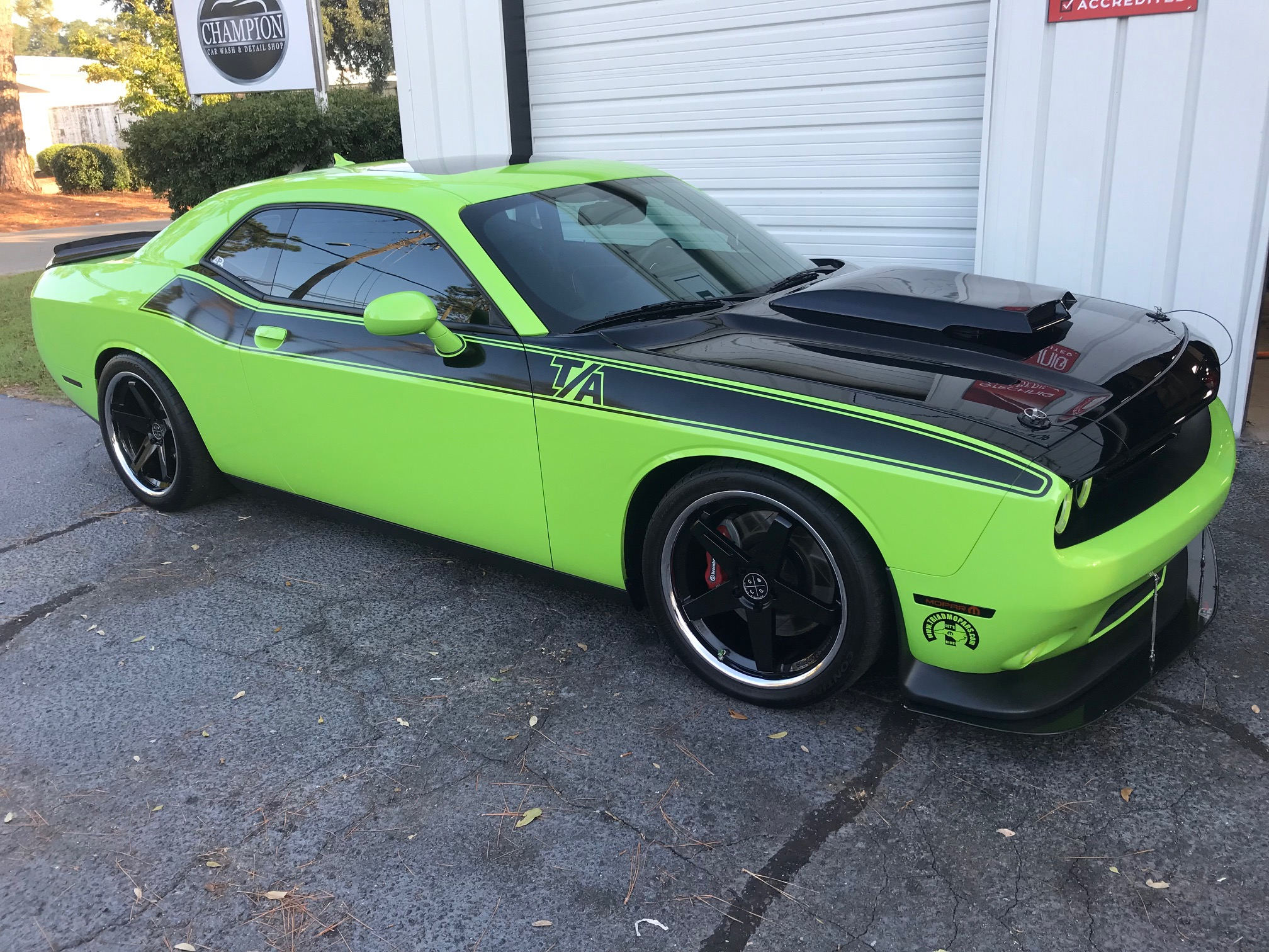 Petty's Garage Dodge Challenger