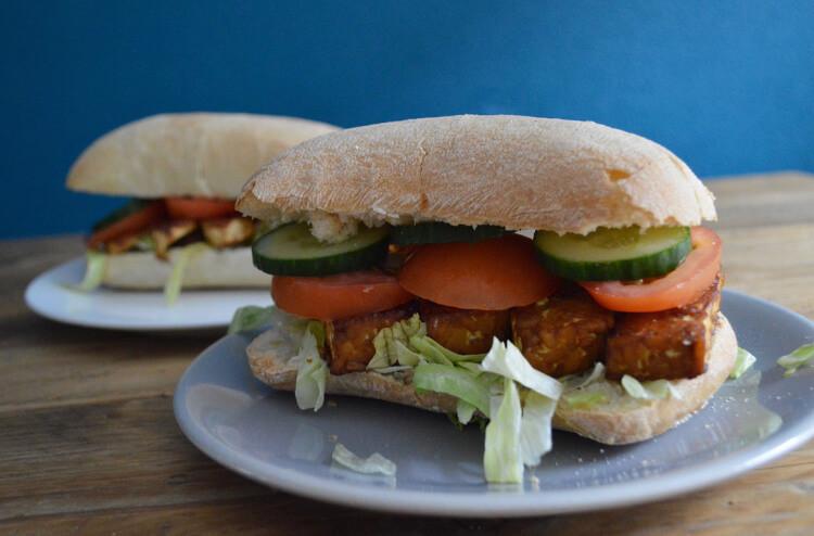 BLT sandwich vegan