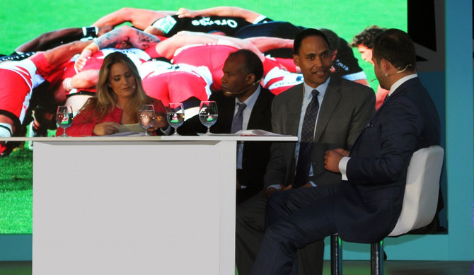 June 2014 Sports Knee Injuries, Voltaren Novartis Celebrating 40years at JW Marriott Marquis Dubai-D