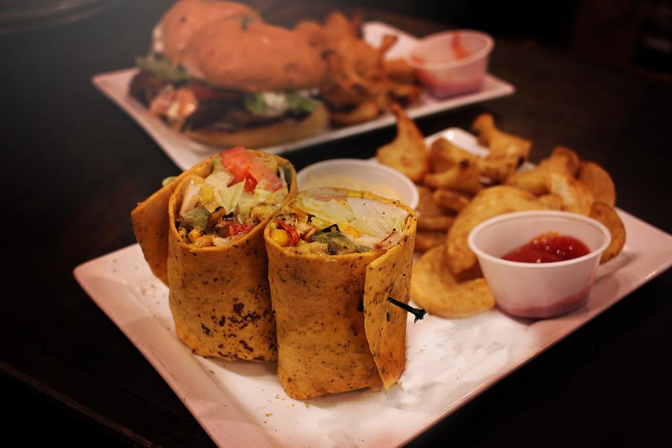 Salmon Crunch Lettuce Wraps