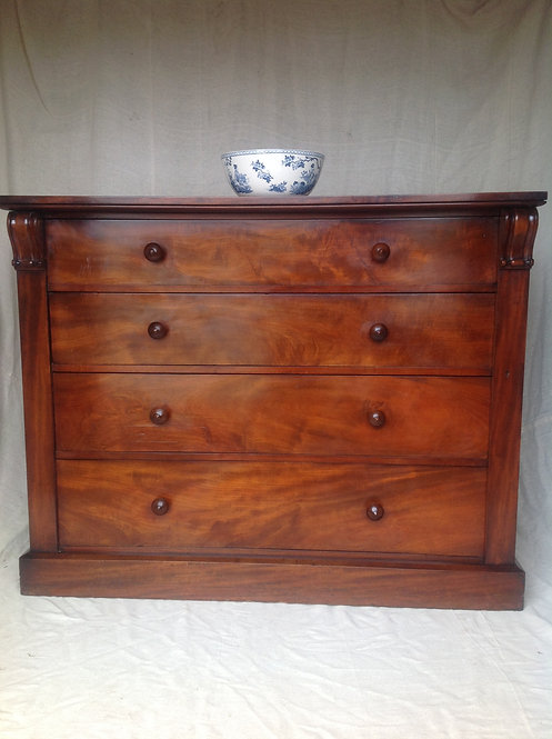 Victorian (c1850) Mahogany Chest of Four Drawers