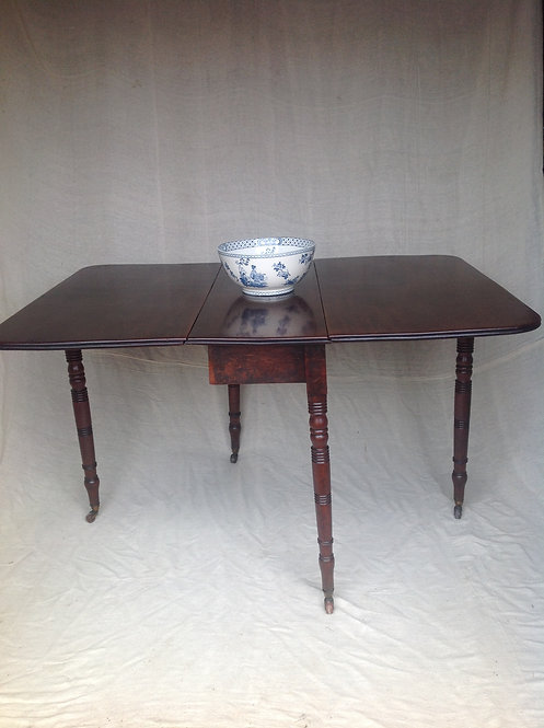 Victorian (c 1880) Mahogany Drop Leaf Dining Table